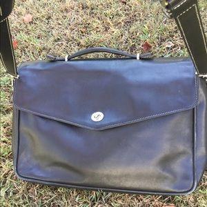 Coach briefcase black leather shoulder bag authent